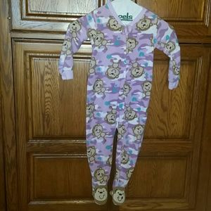 Girl's footed jammies